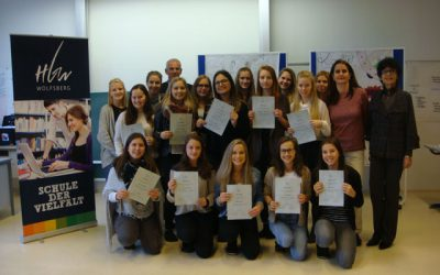 Zertifikationsverleihung an Peer-Group-Mediatorinnen