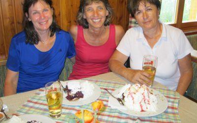 Drei COOLE Wanderinnen auf der Hebalm
