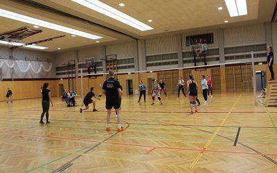 Volleyballmatch LehrerInnen – Schülerinnen