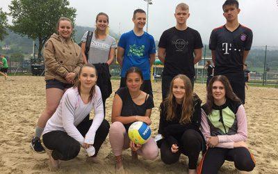 Beachvolleyball-Bezirksmeisterschaft bei Regen