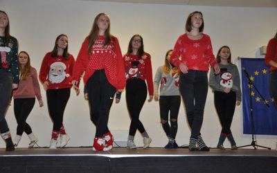 Schüler-Lehrer-Weihnachtsfeier der HLW