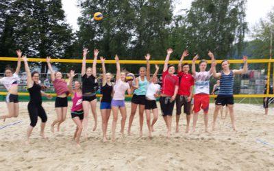 HLW-Beachvolleyballteam holt sich ersten Platz