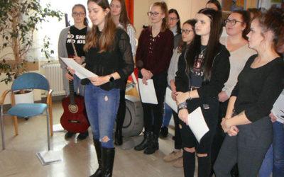 Weihnachtsfeiern der HLW-SchülerInnen 2019